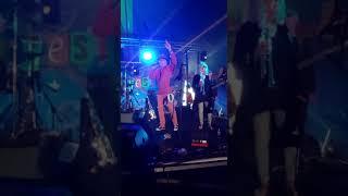 SJ plays Land 1000 Dances at Solfest