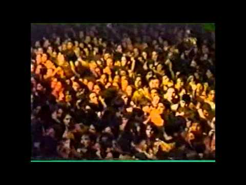 Ramones - I Don't Want to Grow Up (Live Argentina 1996)