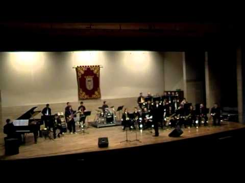 Big Band conservatorio profesional de Albacete - Mueva los huesos (Gordon Goodwin)