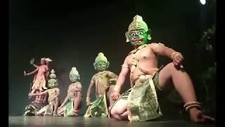 Gambar cover Around the World in 80 Dances: Phnom Penh, Cambodia