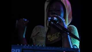 Sy Smith - Baby this Love I Have/ATCQ Check the Rhime - Live in Birmingham UK
