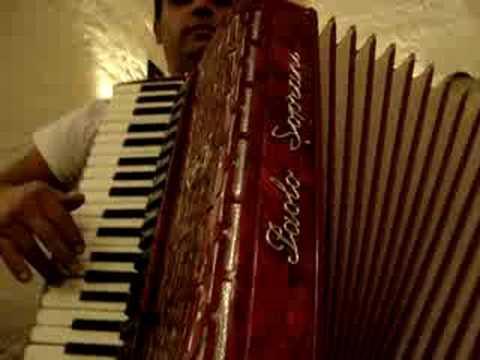 MUSIC OF ITALY - Italian Tarantella (Pizzica Salentina)