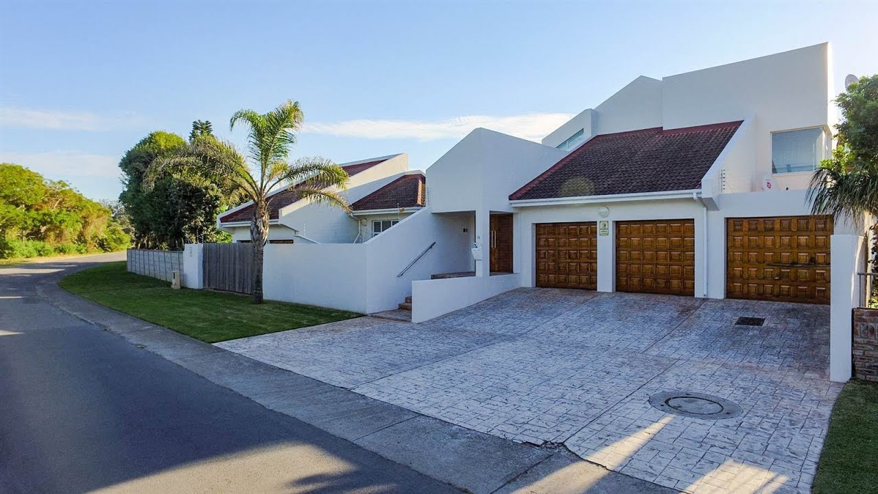 4 Bedroom House for sale in Eastern Cape | East London To ...
