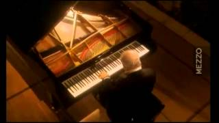 Beethoven Sonata N° 22   Daniel Barenboim