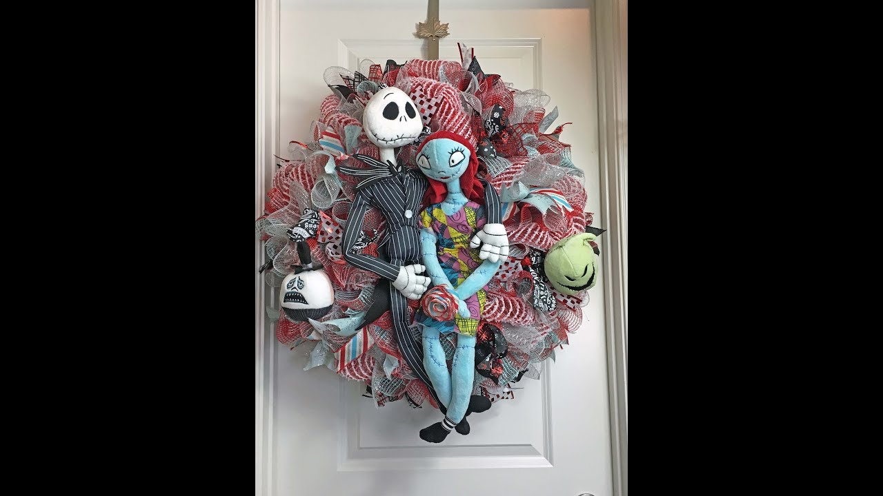 How to make a deco mesh Nightmare before Christmas Wreath ...
