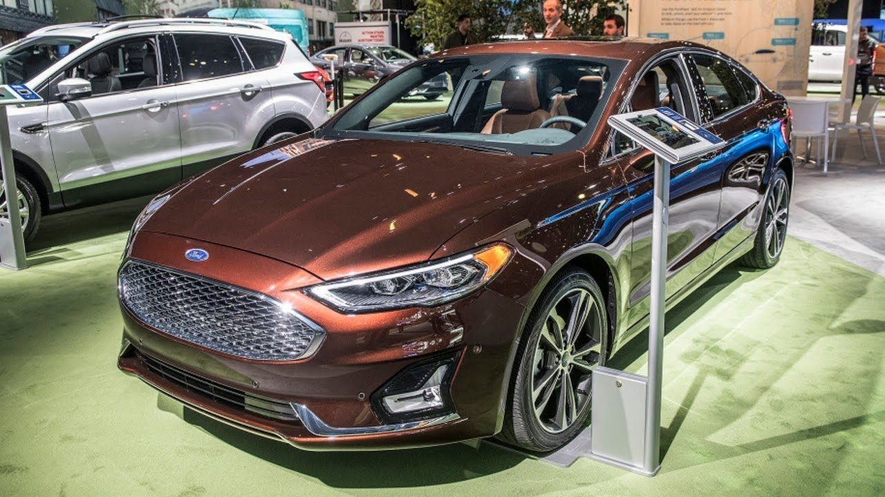 2019 Ford Fusion - Autotrend - YouTube