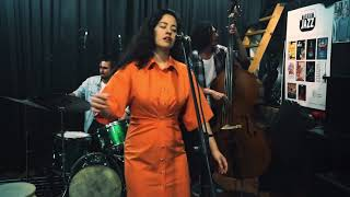 YUMI ITO - Stardust crystals - (Live at Philip Vanguard sessions)