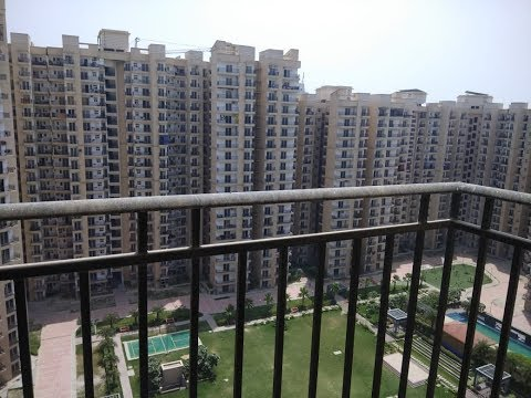 Nirala Estate Actual 3bhk flat for Sale @ 48 Lakhs @  Noida Extension.