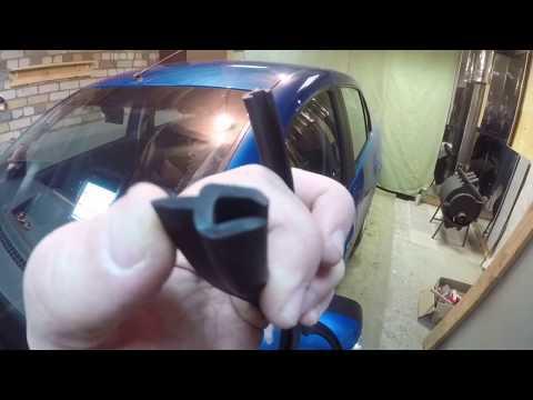 Renault Logan_2 уплотнитель кромки  лобового стекла.