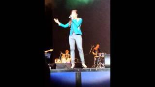 Shreya Ghoshal - Ami Je Tomar(Bhool Bhulaiyaa) Live in Holland 2014 PART 1