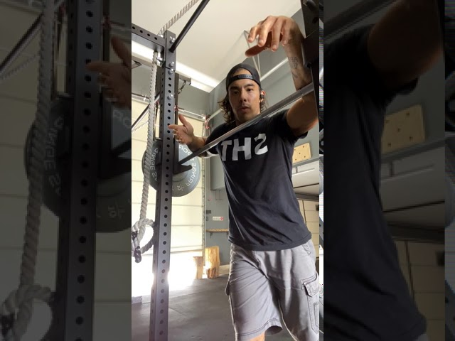 BARBELL FRONT SQUAT - FOUNDATIONS