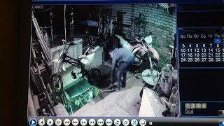 Падение мотоцикла со второго этажа [PG]