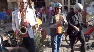 TOBROGOÏ ...la fanfare des mobylette à Monestiés