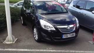 2013 Vauxhall Meriva Start Up, Exhaust, and In Depth Tour .