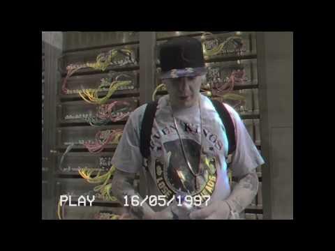 Money Boy - Cash Me Outside (Offizielles Musikvideo)