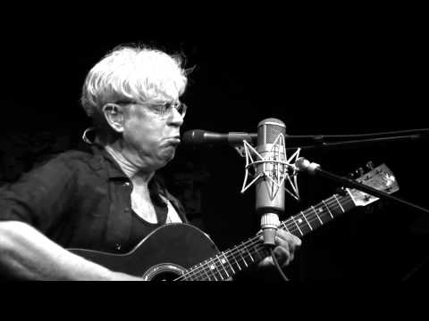 Bruce Cockburn - If I Had A Rocket Launcher LIVE
