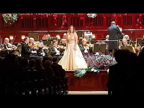 "Ester Pavlu G. Rossini La Cenerentola ""Nacqui All'affanno"""