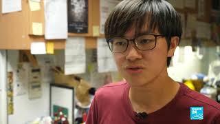 Hồng Kông: Cuộc chiến từ học đường