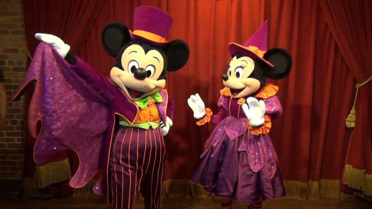 mickey and minnie greet us at mickeys not so scary halloween party in their halloween finest youtube - Mickey Minnie Halloween