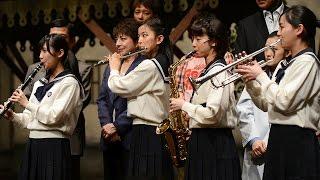 吹奏楽の強豪として全国に知られる精華女子高校(福岡市博多区)。その...