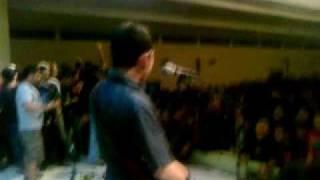 screaming school - perbedaan(live)_HA