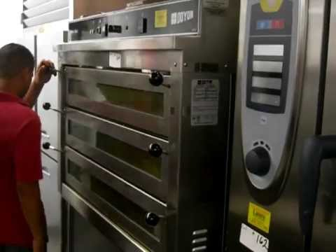 Electric 3 Deck Jet Air Pizza Oven - Lauro Auctioneers & Restaurant Equipment - South Florida
