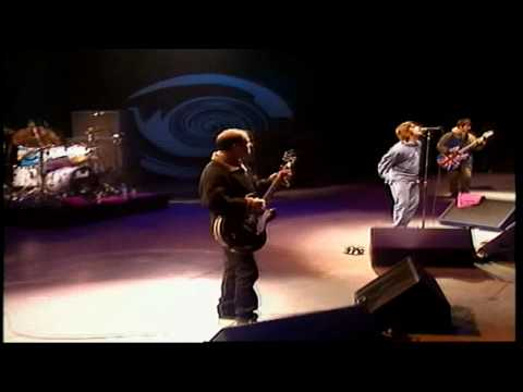 Oasis - Some Might Say (live) 1996