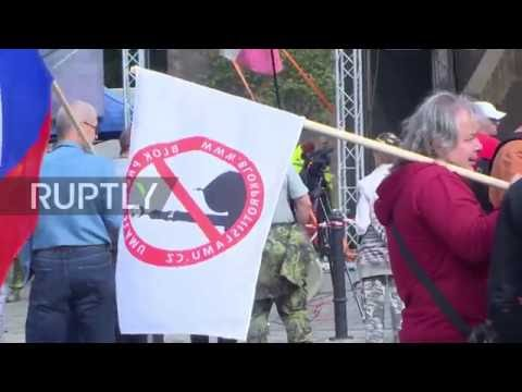 Czech Republic: Pegida UK leader Tommy Robinson addresses anti-Islam protest in Prague