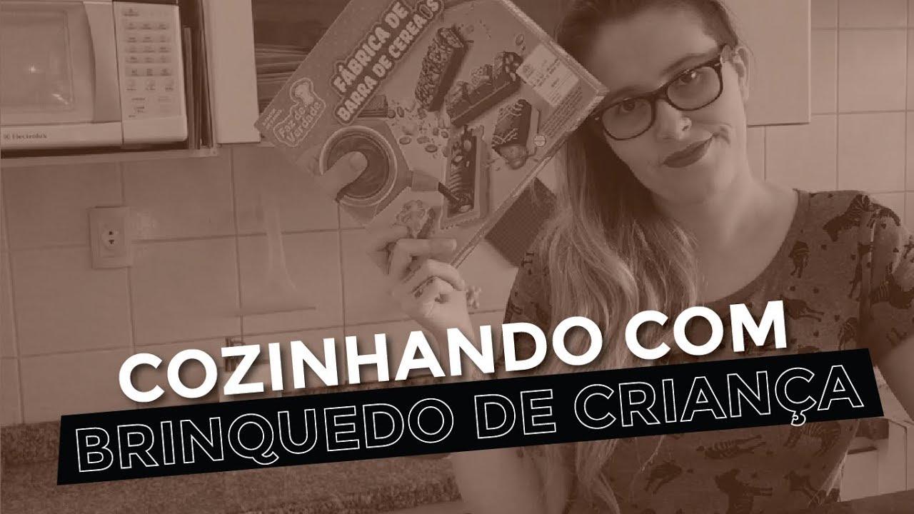 DESAFIO COZINHANDO COM BRINQUEDO DE CRIANÇA - Chega de Miojo