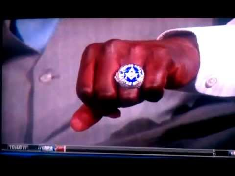 BROTHER SHAQ  SHOWS HIS MASONIC RING ON NATIONAL TV