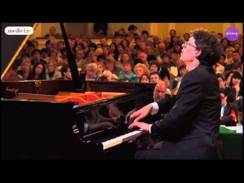 Lucas Debargue A little Ravel JazzImprov Liszt