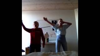 Bror og søster Gangnam style!