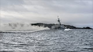 Swedish navy widens search for mystery submarine
