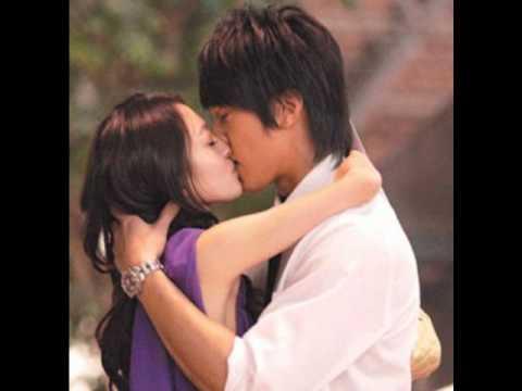 04)  Neng Bu Neng Yong Gan Shuo Ai (能不能勇敢說愛) Can you Bravely Say Love by Angela Zhang