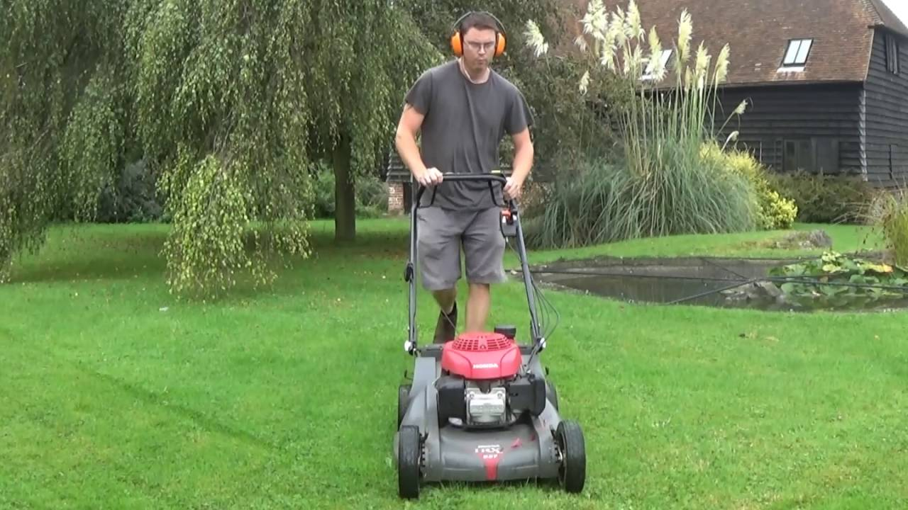 lawn mowing honda hrx mulching