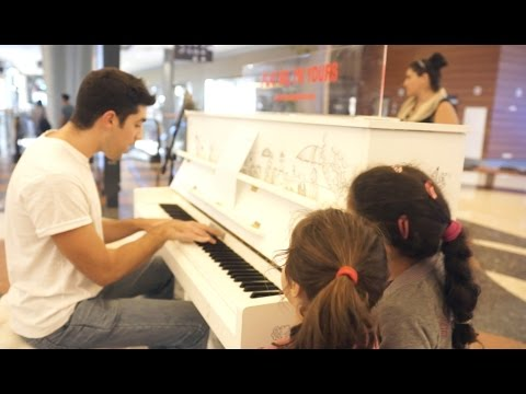 The scientist - Coldplay (Panagiotis acoustic cover) @Street Pianos (Play Me I'm Yours)