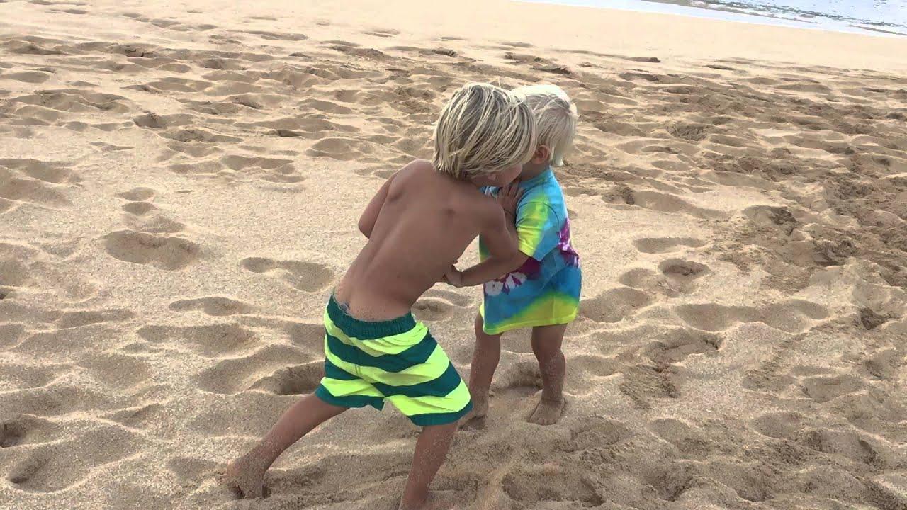 boys fighting on beach youtube