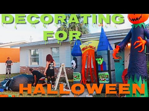 Our Outdoor Halloween Decorations | Huge Inflatables