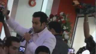 Prithviraj  Inaugurating Kalyan Silks Sharjah.