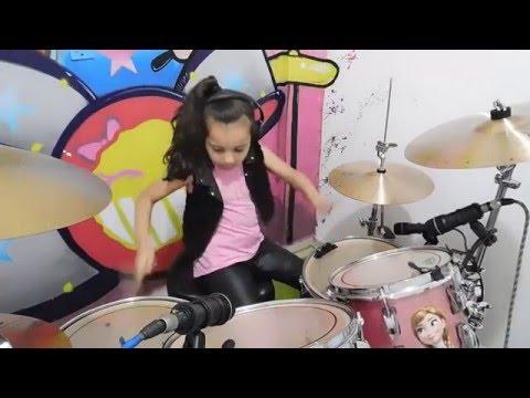 Eduarda Henklein  (6 Years old) - Drummer COVER Slipknot - Psychosocial