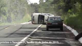 Repeat youtube video FLAGRA DE ACIDENTE BR 343 - TERESINA - PIAUÍ