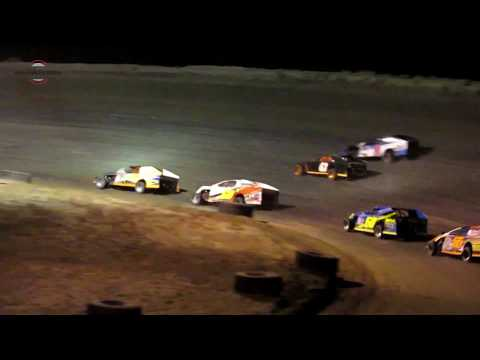 Desert Thunder Raceway Modified Old Timers Race 9/29/18