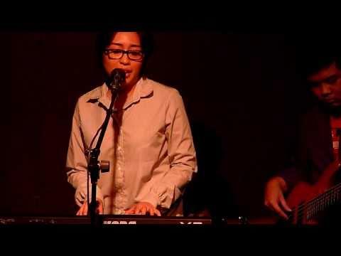 Up Dharma Down - Kaibigan/Unspoken Definites live @ Capones [14 Nov 2010]