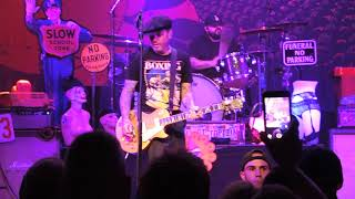 """Video SOCIAL DISTORTION """"STORY OF MY LIFE"""" LIVE NEW HAVEN CT 2017 download MP3, 3GP, MP4, WEBM, AVI, FLV Agustus 2018"""