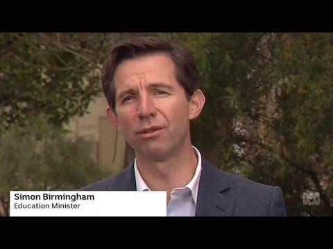 Universities throw doubt on Simon Birmingham's ATAR figures