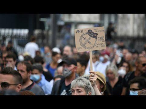 ...فيروس كورونا: عشرات الآلاف يتظاهرون مجددا في فرنسا رف  - نشر قبل 3 ساعة