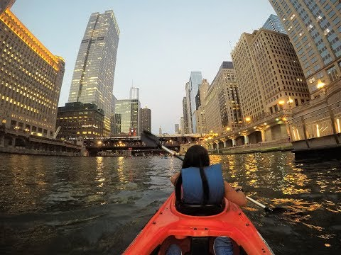 Sunset Kayak Tour With Wateriders Chicago