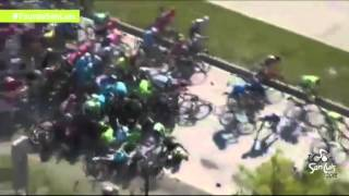 Big crash in the peloton stage 5 Tour de San Luis 2016