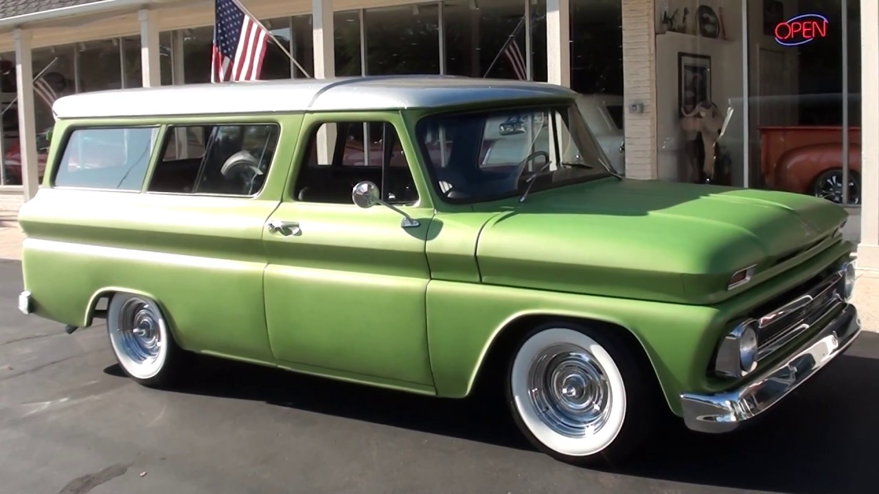 1965 Chevrolet Suburban  26 900 00