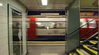 London Underground: Northern Line Action at Old Street